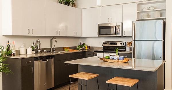 Möbelmiete küche bild fotolia de